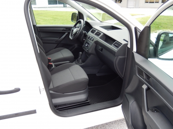 Volkswagen Caddy 2.0 TDI  FURGON NOVI MODEL